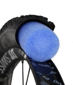 ELEMENTAR CYCLES - COPPIA MOUSSE di PROTEZIONE + VALVOLE TUBELESS