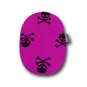 Closed Ostomy Pouch Cover: Fuchsia with Skulls