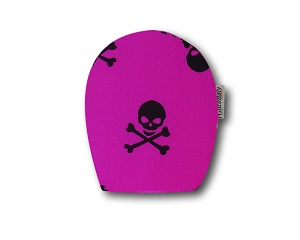 Children's Ostomy Bag Cover: Fuchsia and Skulls