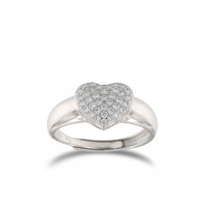 Heart-shaped chevalier ring with white cubic zirconia