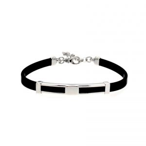 Rubber bracelet with openwork plate