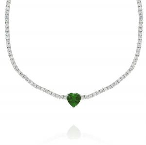 Tennis necklace with green heart