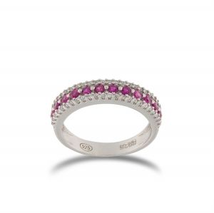 Ring with lateral white and central red cubic zirconia
